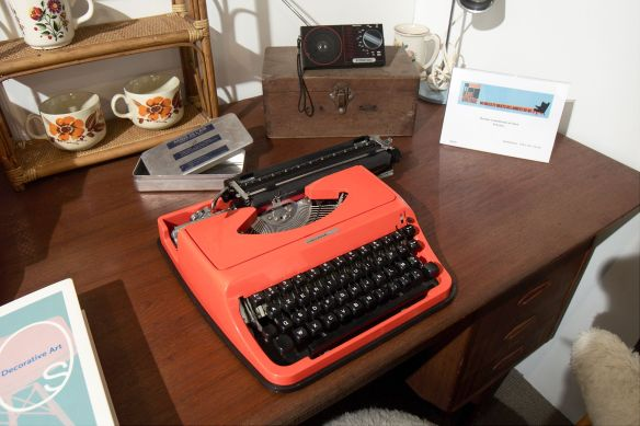 orange write machine